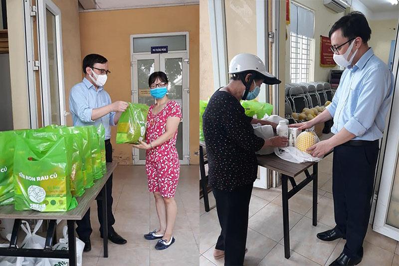 Hỗ trợ những người khiếm thị trong thời điểm Hà Nội giãn cách xã hội